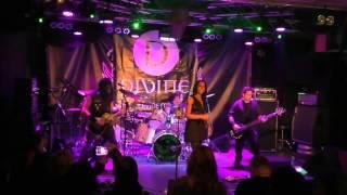 Divine - Too Late (live)